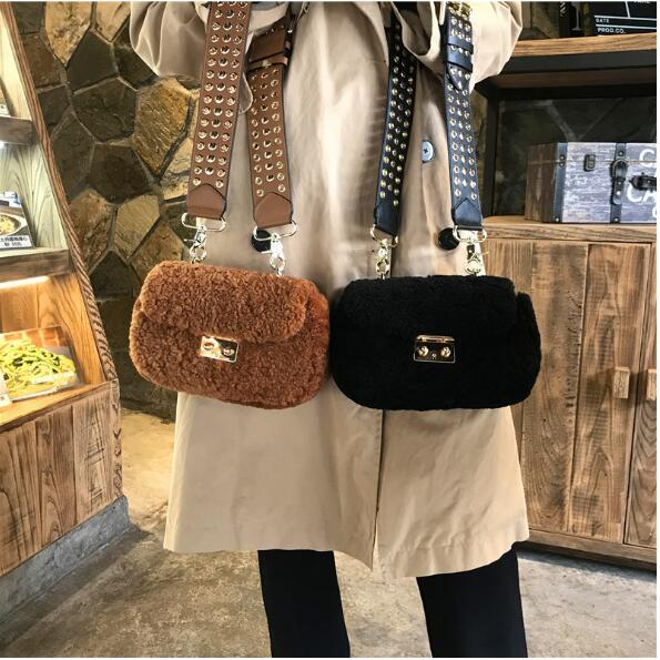 2018 lamb wool lady's messenger bag rivet strap flap bag mini shoulder bag цена 2017