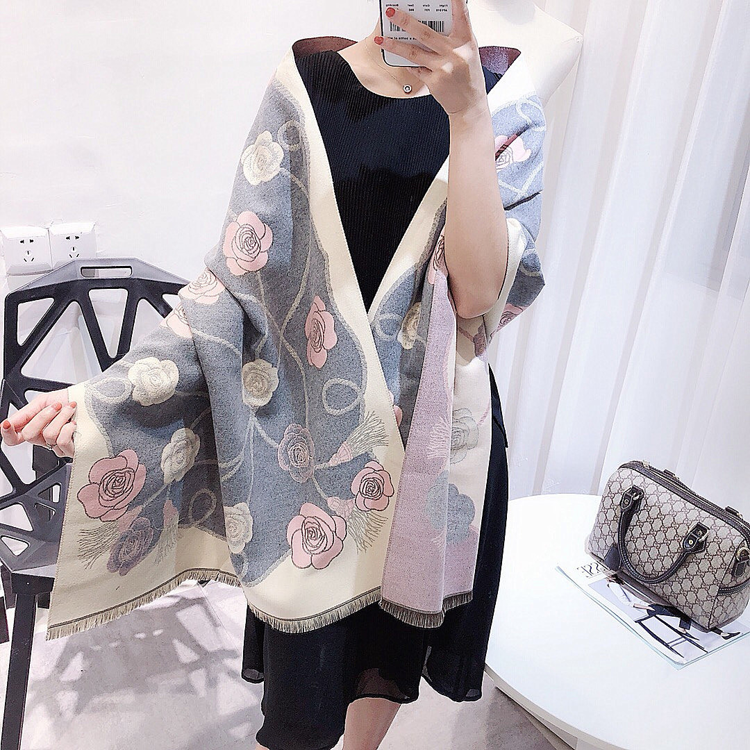 Women Autumn Winter New Cashmere Shawl Camellia Classic warm poncho pashmina cape luxury brand scarves for ladies plaid scarf