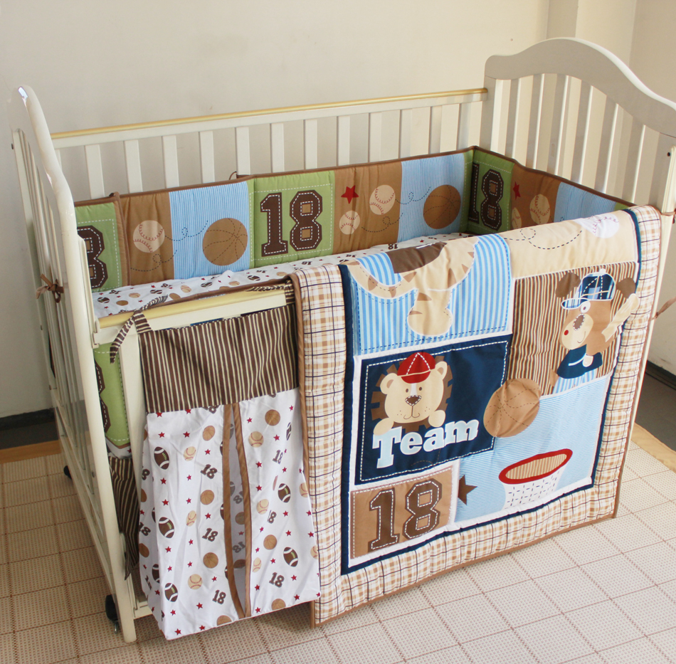 8pcs Baby Bedding Set Embroidered Bear Baseball Combination Crib Quilt Bumper Bed