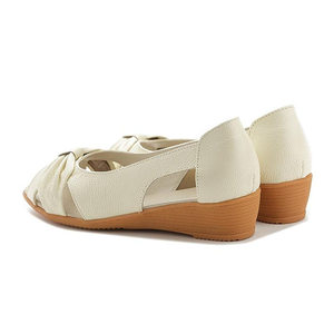 Image 5 - עור אמיתי נשים סנדלי 2019 קיץ שטוח נעלי אישה בוהן פתוח לחתוך החוצה סנדל להחליק על נוח נשי מזדמן הנעלה
