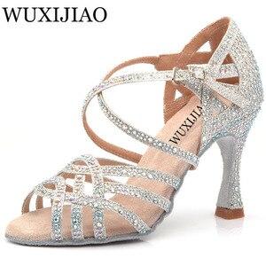 Image 1 - WUXIJIAO シルバーブルーラインストーンラテンダンスシューズ女性サラス社交靴パールハイヒール 9 センチメートルワルツソフトウェア靴ホット販売