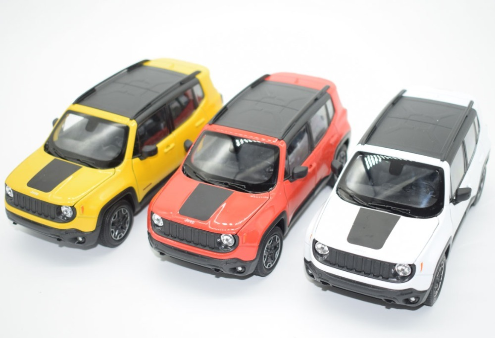 New 1/24 Scale USA Jeep Renegade SUV Diecast Metal Car Model Toy For Kids Birthday Gifts Free Shipping