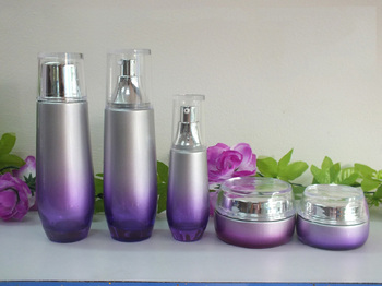 100pcs glass 40ML cosmetics empty bottles ,40 ml purple glass lotion bottle with silver cap ,40 ml glass containers for cream