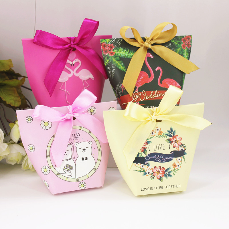 50pcs Candy Box Wedding Favors Gifts Candy Paper Box Party Supplies Bonbonniere Baby Shower Birthday Party decoration