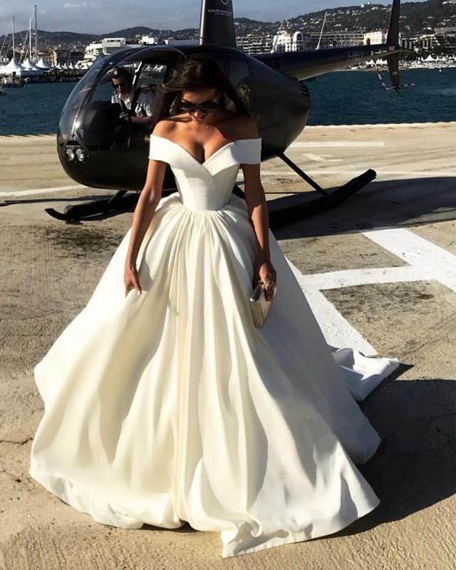 New Gorgeous Long Wedding Dress 2019 V-neck Cap Sleeve Chapel Train Satin Bride Dress Wedding Gowns Robe de mariee