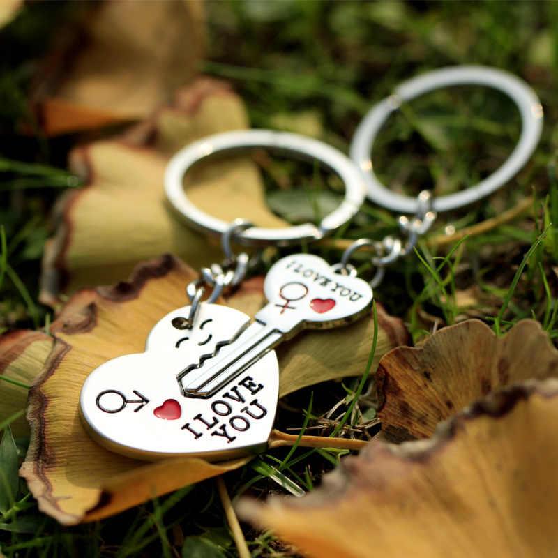 1 paio Paio di I LOVE YOU Lettera Portachiavi Anello Chiave Del Cuore Argenteo Amanti Amore Catena Chiave Souvenir di san Valentino gioielli Regali