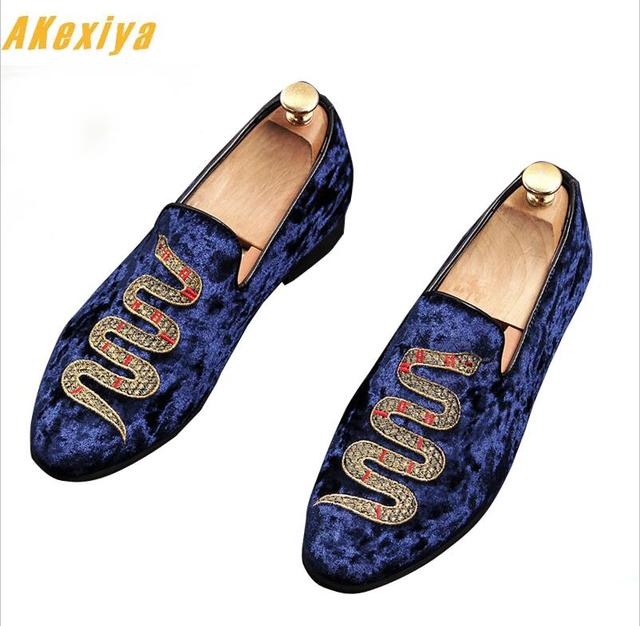 f0b5298fd02 US $37.55 34% OFF|2019 Men luxury Designer velvet Embroidery snake  gentleman oxfords shoes Homecoming Dress Man Wedding prom Shoes zapatos  hombre-in ...