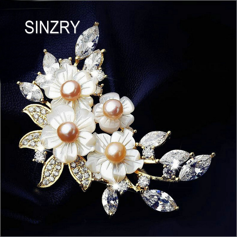 SINZRY elegant Hot cubic zircon natural shell brooch pin shell flower scarf buckle lady bridal jewelry accessories sinzry elegant new 2018 cubic zirconia yellow daisy flower suit brooches pin lady scarf buckle jewelry accessory for women