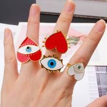 Женское кольцо в форме сердца с эмалью и открытым глазом преувеличенное
