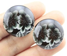 10pcs 25mm 20mm Black And White Flower Photo Pattern Domed Glass Cabochon Handmade Pendant G-0397
