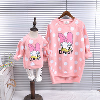 Family Look Matching Mother Daughter Dresses Cashmere Hoodies Winter Autumn Family Matching Clothes Cartoon Family Clothing