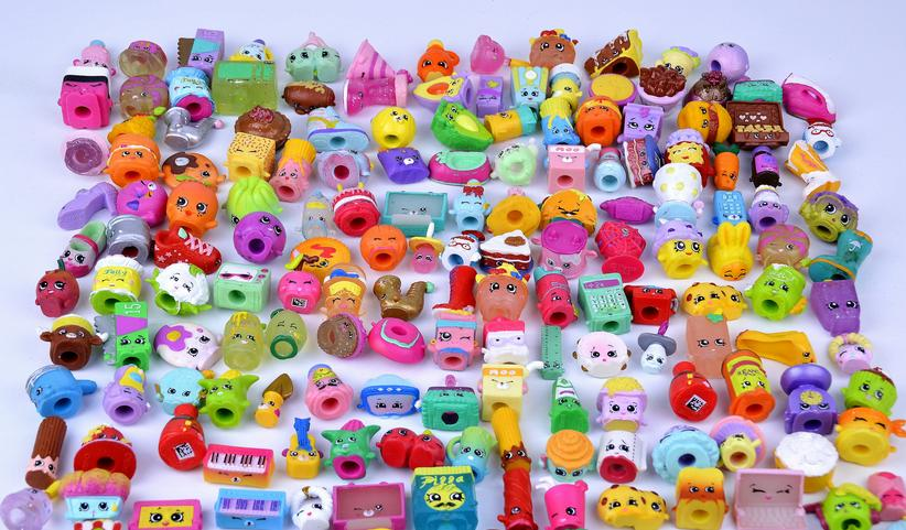 50Pcs/lot Many Styles Fruit Dolls Shop Family Kins Action Figures Pen Puppets Mixed Seasons Kid Playing Toy Christmas Gift
