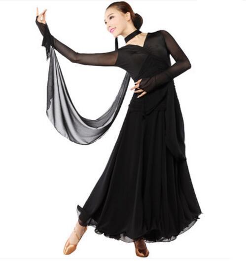 ad596539457 Femmes Rouge Noir Robe De Danse De Salon Standard Lisse Flamenco Jupe Sexy  Plus La Taille Concurrence Salle De Bal Valse De Danse Robes