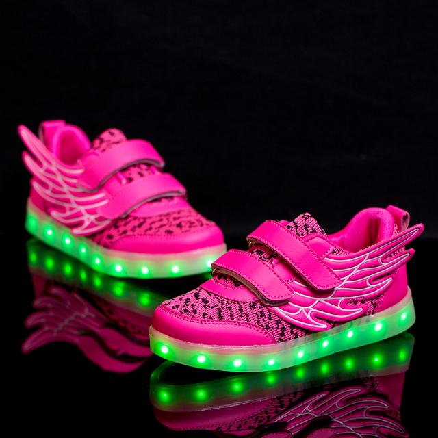 2016 nova moda usb recarregável levou luz casual shoes/meninos e meninas asas voando série de alta qualidade lazer sneaker