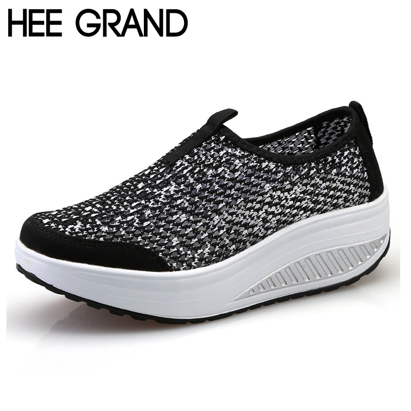 HEE GRAND Woman Flats Platform Spring New Mesh Breathable Slip on Shoes Woman Thick Bottom Sole Footwear Big Size 40 XWR085 hee grand summer gladiator sandals 2017 new platform flip flops flowers flats casual slip on shoes flat woman size 35 41 xwz3651