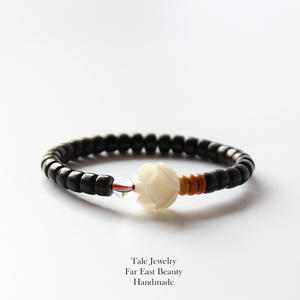 Wholesale 2019 Natural Coconut shell Beads White Bodhi Seed Carved Rose Charm Bracelet For Women Ethnic Beaded Jewelry Handmade