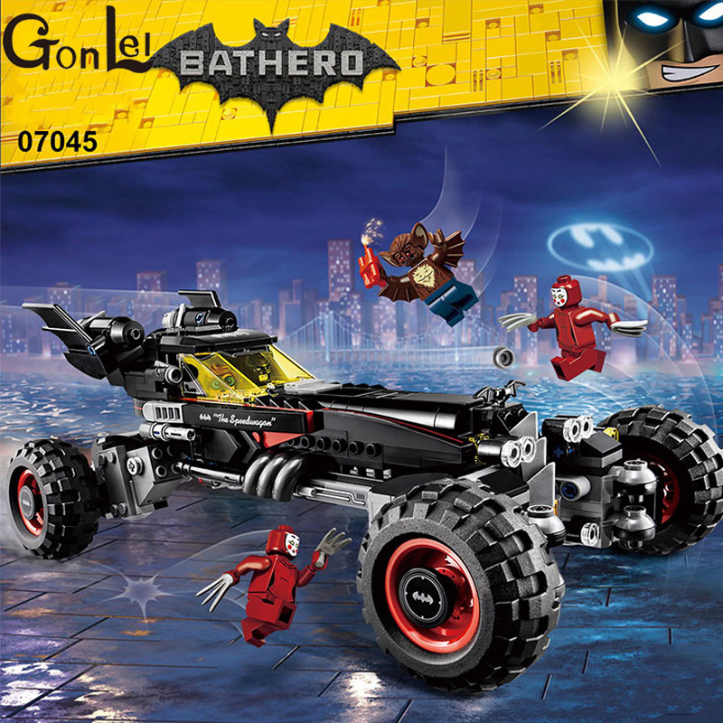 (GonLeI) New 07045 559Pcs Genuine Superhero Movie Series The Batman Robbin`s Mobile Set Building Blocks Bricks Toys 70905 gonlei new 610pcs 10634 batman movie the batmobile building blocks set diy bricks toys gift for children compatible lepin 70905