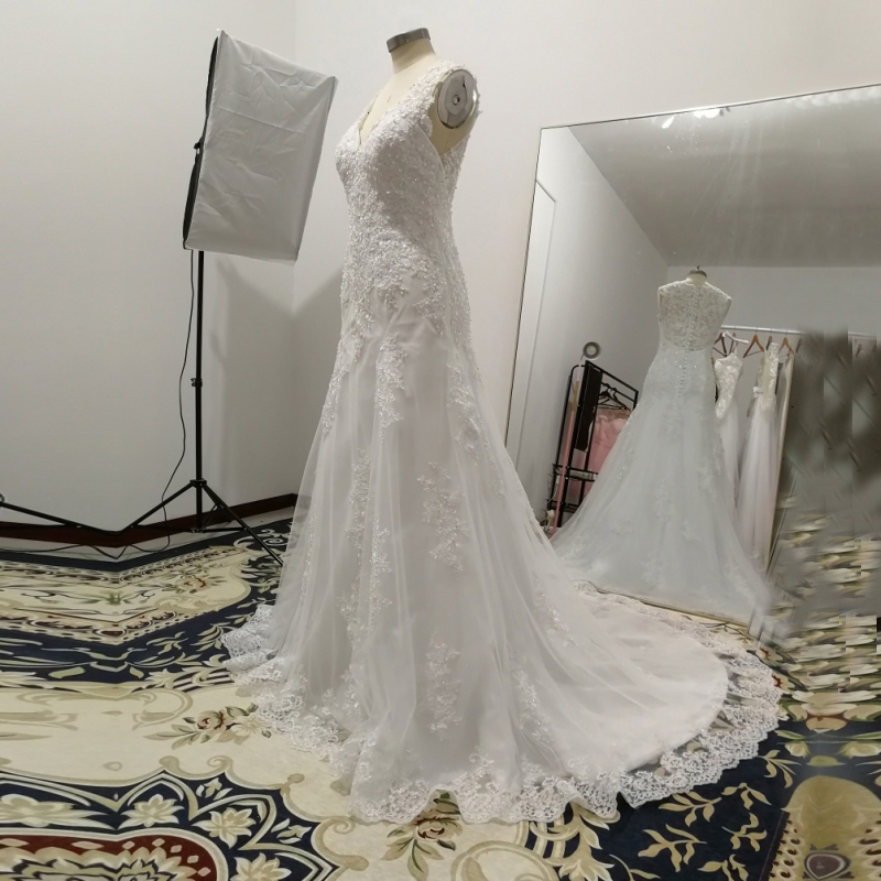 Aliexpress Mn038 Vestidos De Novia V Neck Mermaid Lace Wedding Dresses Back Gown Vintage Robe Mariage 2018 Vestido Noiva From