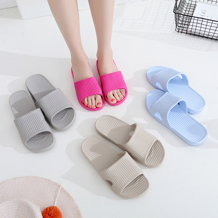 2018 Hot Beach Shoes Casual women Sandals Slippers Summer Outdoor Flip Flops Flats Non-slip Bathroom Home Massage Slippers summer leisure slippers slip on round toe comfortable sandals women flat sandals casual flip flops female shoes