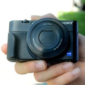 Image 3 - Non slip Attachment Grip Holder for Sony RX100 RX100II RX100III M4 M5 RX100M6 Rubbery Grip 3M Sticker Bag Camera Accessories