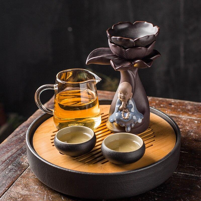 Créatif céramique Lotus Kung Fu petit moine thé crépine thé fuite filtre Gadgets thé filtre thé cérémonie accessoires