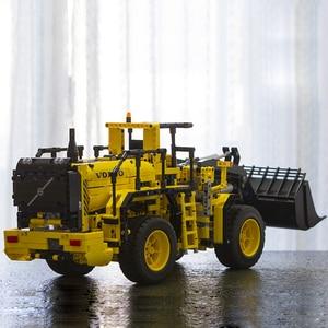 DHL LP 20006 Technic Series Volvo L350F Wheel Loader Model 1636Pcs Building Set Blocks Bricks Toys Gifts Compatible with 42030