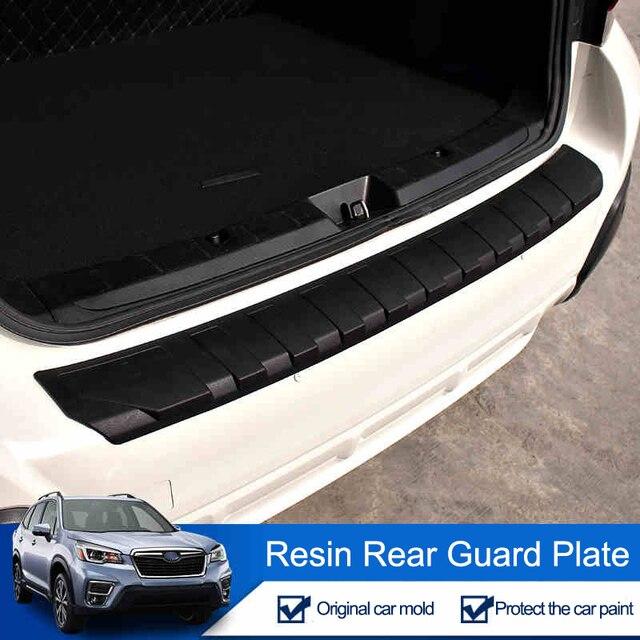 QHCP Resina Tronco Tagliare Lamiera di Protezione Paraurti Posteriore Protector Coda Strisce di Copertura Per Subaru Forester XV Outback 2013 2019 car Styling