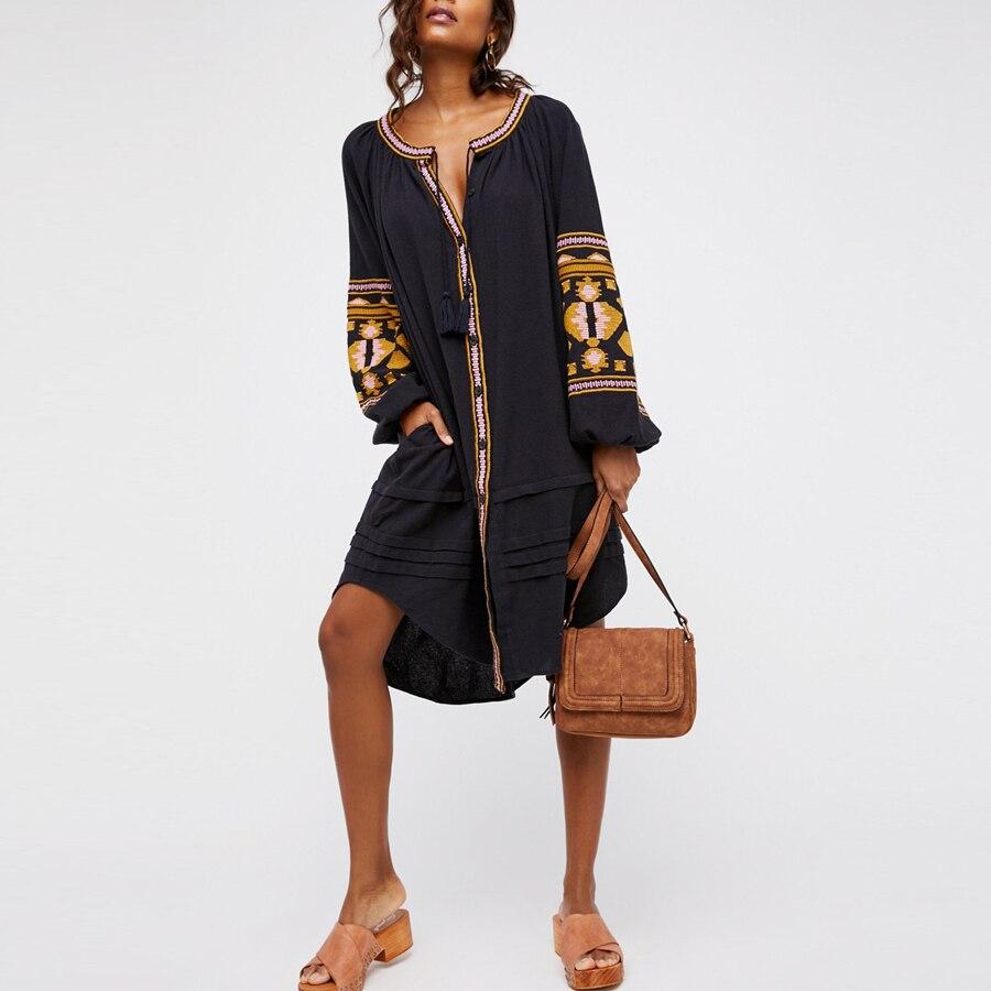 Boho robe 2017 automne coton broderie florale grande lanterne à manches longues o-cou lâche style long Hippie marque femmes robes