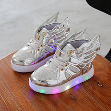 2016 luminous LED flash cartoon wings children's shoes sneakers brand fashion for boys and girls sports kkids shoes led light