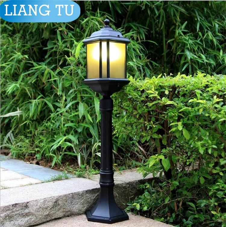 street lamp pole landscape light