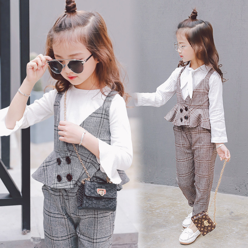 Autumn Girls Clothing Sets Kids Plaid Suspenders Vest Jackets+Pant 2pcs/sets Tracksuit Children teenage England Suit Sport Suit retail 2pcs brand new design girls clothing sets for kids autumn tracksuit for girls velvet jacket pants children sport suit