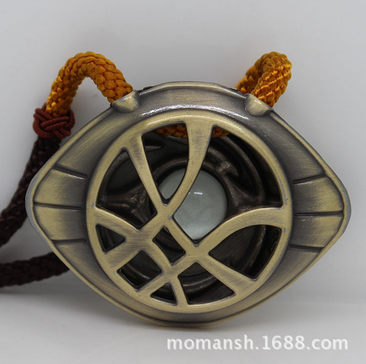 Cosplay Doctor Who Necklaces Dr. Strange Metal Alloy Custom Made Big Eye Pendants Luminous Action Toy Light In The Dark 221