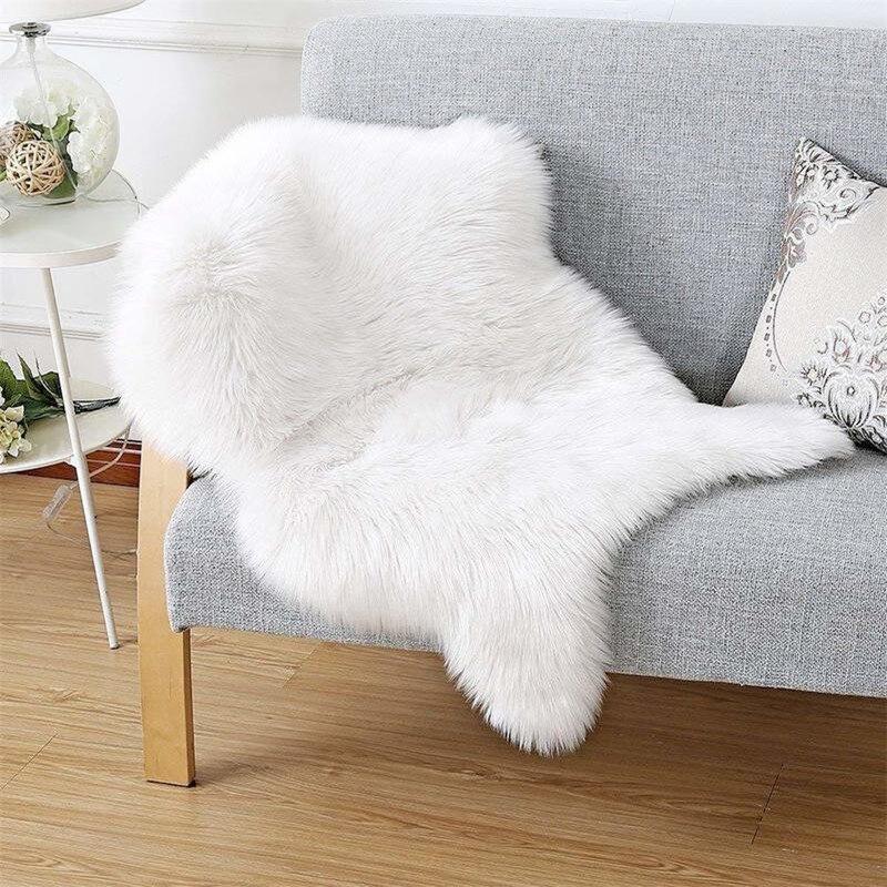 Yooap Faux Fur Sheepskin Style Rug (60 *90 cm) Faux Comfortable Soft Useable Wool Blanket For Bedroom Sofa Floor Throw Blanket