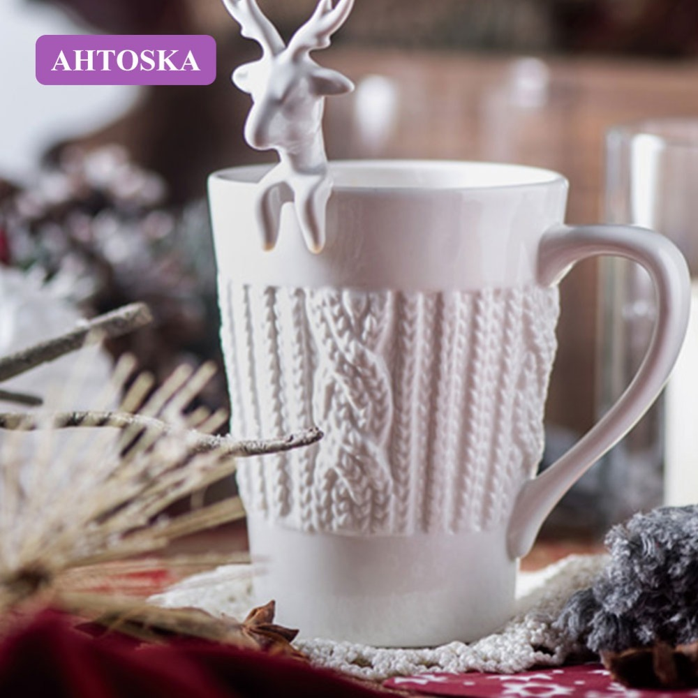 AHTOSKA 3D Cute Embossed elk Deer Coffee Mug Couples Cups Christmas Mugs Milk Tea Cups Snow Ceramic Mug Creative Gift