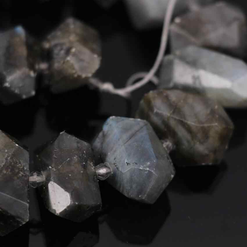 26pcs,Natural Labradorite nugget pendant,Faceted slice Raw Labradorite nugget Charms Necklaces Jewelry Crafts,14-16x18-22mm