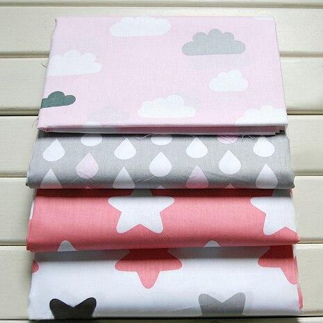 4 unids 40 * 50 CM Pink Stars nubes blancas gotas de lluvia imprimió la tela de