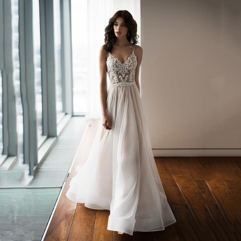 2019 Boho Wedding Dress  Sexy Spaghetti Strap Lace Bridal Dresses Backless  Vestido De Noiva Lorie Wedding Gowns For Women