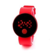 Vente chaude 10 Couleurs De Sucrerie Sport Étudiants Chirldren Enfants Montres Électronique Tactile LED Montres De Mode Main Numérique Horloge