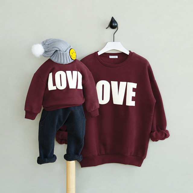 Kids Winter Sweatshirts of boys girl love printed Hoodies family look matching outfits mother daughter clothes baby clothing