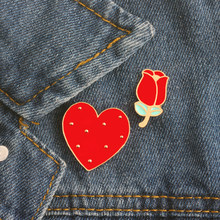 Hot Kreatif Kartun Lucu Rose Jantung Enamel Pin Klip Bros jilbab Klem Dihiasi Pin Badge Broches Femininos Perhiasan Hadiah(China)