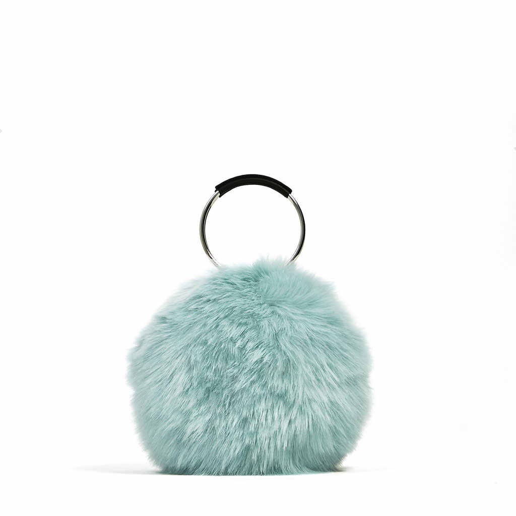 397c44b36f6 2018 Autumn Winter All-match Bucket Bag Small Fur Fashion Women Evening  Party Clutch Bag
