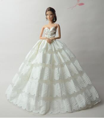limited edition case for barbie doll clothes Dream upscale wedding dress multi-layer cake skirt princess dress play accessories
