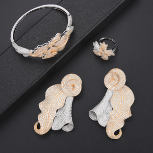 Image 4 - יוקרה עלה דובאי עבור נשים תכשיטים חתונה שרשרת עגילי צמיד טבעת תכשיטי סט parure bijoux femme
