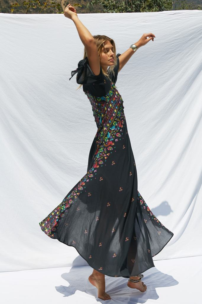 jens-pirate-booty-huichol-hyacinth-gown-4-min_1024x1024