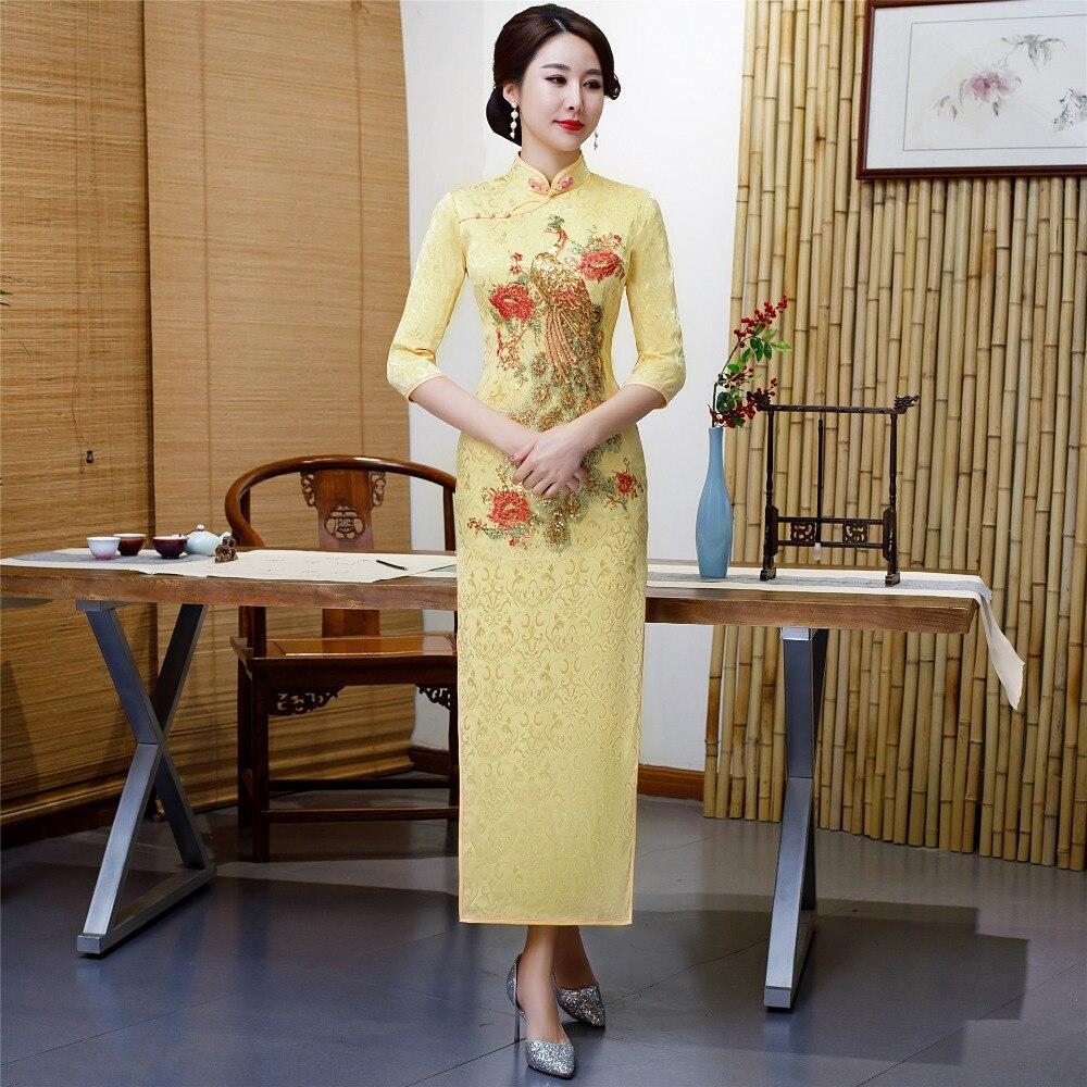 Nouveauté chinoise femme Qipao Long Style Cheongsam femmes traditionnel soie Satin robe brodée Phoenix vêtements 4XL 5XL