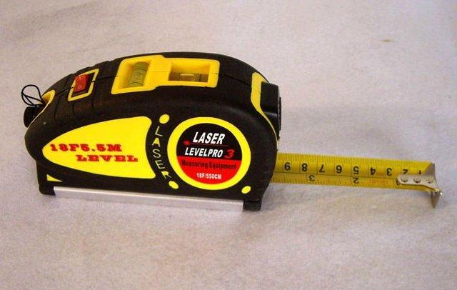 Laser Level Horizontal Vertical Line 5.5M Measure Tape