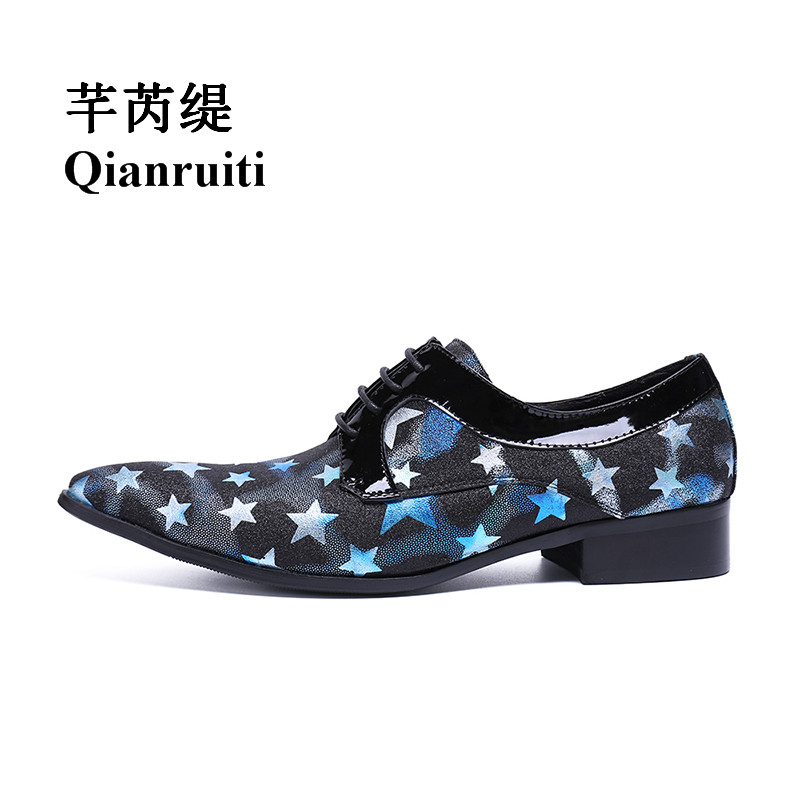 Qianruiti Men's Canvas Shoes Lace-up Loafers Pointed Toe Printing Stars Shoes EU39-EU46 Black Canvas with Red ,Blue White Stars blue and white canvas anti static shoes esd clean shoes pharmaceutical shoes work shoes add cotton