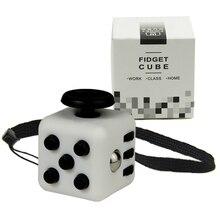 Мини-Непоседа Cube 11 Цветов Стол Палец Игрушка Брелок Squeeze Fun Снятие Стресса Головоломка Магический Куб С Коробкой