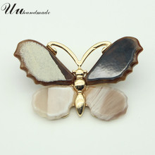 цены Fashion Acrylic Butterfly Brooches Pins Vintage Insect Brooch Large Lapel Pin Christmas Gifts for Women Accessories Jewelry 2018