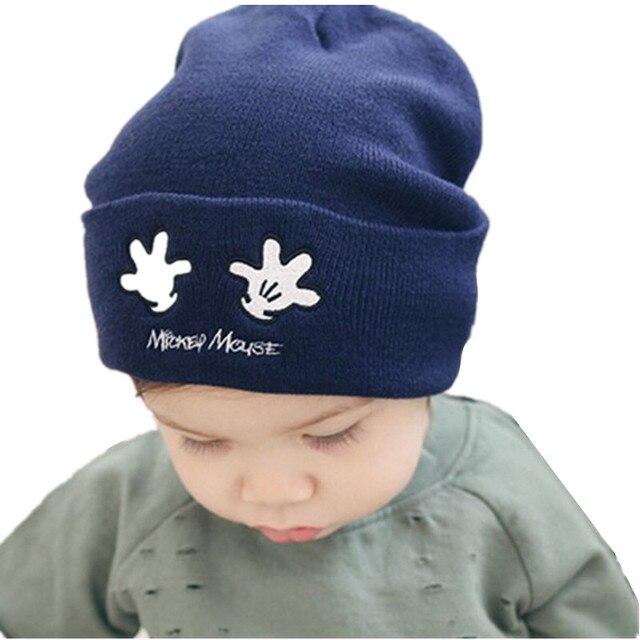 Europa venta Otoño Invierno gorro de lana bebé palm bordado niños de  cobertura sombreros mano de c65d2fabd47